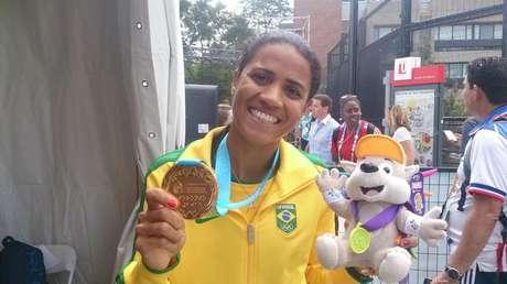 Juliana conquistou único ouro brasileiro no atletismo