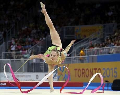 Pan Toronto - Angelica Kvieczynski na ginástica de fita