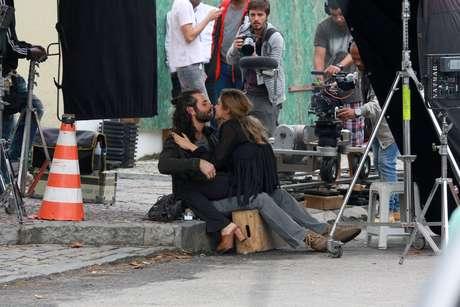 Grazi Massafera gravou cenas de 'Verdades Secretas' nesta quarta-feira (22)