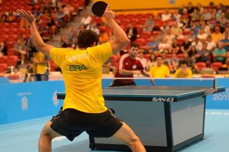 Brasil conquistou ouro, prata e bronze no individual masculino do tênis de mesa em Toronto