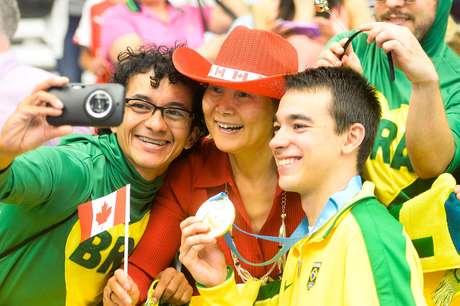 Brasileiros ganharam ouro na categoria masculina do tênis de mesa por equipes