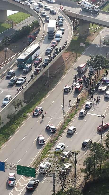 Motociclista caiu da ponte Transamérica