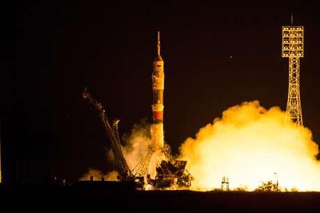 Aeronave tripulada foi lançada e demorou apenas seis horas para acoplar na ISS
