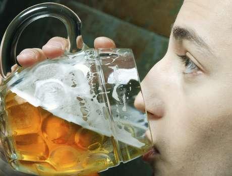 38% dos jovens de 11 a 15 anos afirmaram ter experimentado álcool ao menos uma vez