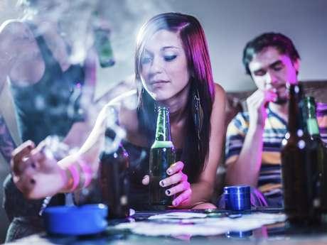 Em 2014, 18% dos jovens entre 11 e 15 anos disseram ter fumado, pelo menos uma vez. E este é o nível mais baixo desde que a pesquisa começou em 1982