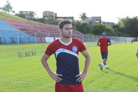 Meio-campo de confiança de Sérgio Soares, o jovem Eduardo é o mais novo reforço do Bahia