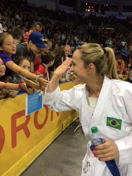 Natalia Brozulatto conquistou a medalha de ouro no karatê do Pan