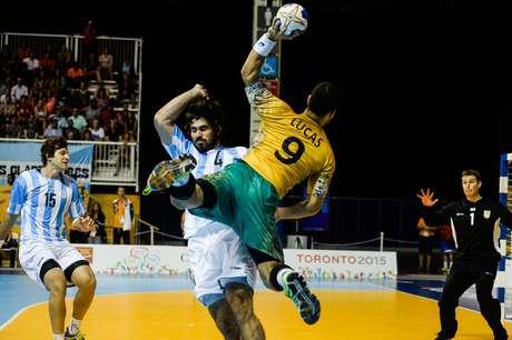 Brasil e Argentina se enfrentaram neste sábado na disputa pela medalha de ouro do handebol masculino nos Jogos Pan-Americanos de Toronto