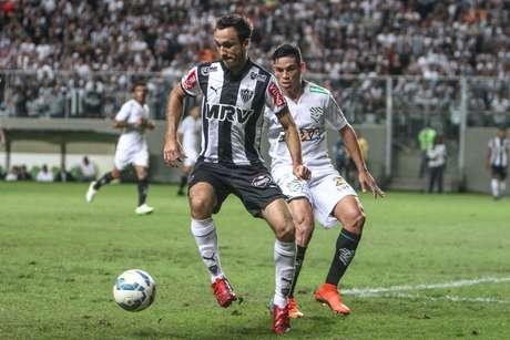Atlético-MG sofreu, mas superou o Figueirense dentro de casa