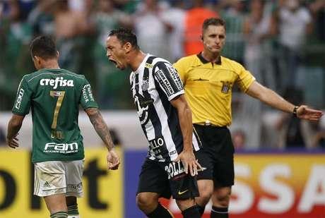 Ricardo Oliveira é pastor e jogador