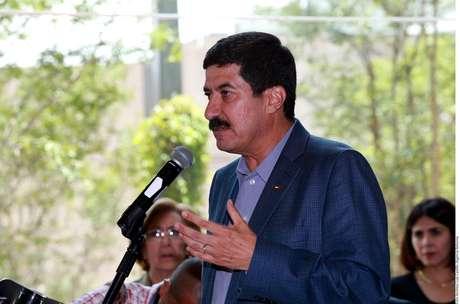Busca Interpol a ex gobernadores Duarte de Chihuahua y Veracruz, ambos prófugos
