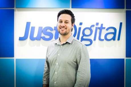 Rafael Cichini, CEO da Just Digital, diz que a empresa está aproveitando a alta do dólar para buscar novos clientes no mercado externo