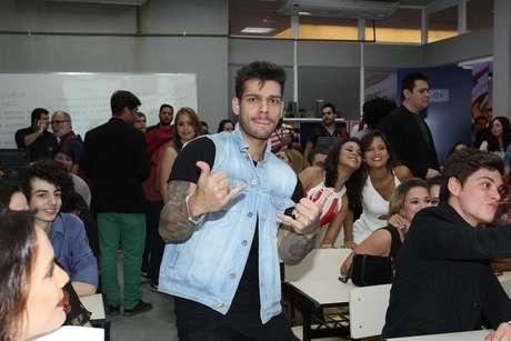Malhação completa 20 anos e ganha nova temporada repaginada. Elenco celebra com festa no Projac, no Rio, nesta terça-feira (4)