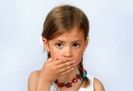 Problemas respiratórios podem ser causa de halitose infantil