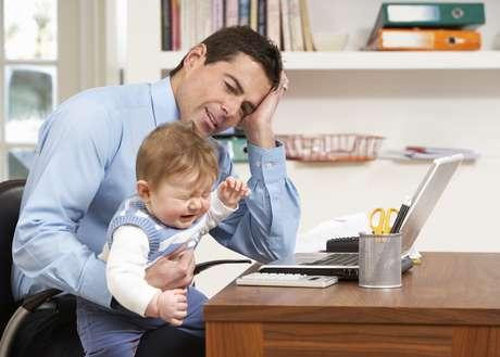 ¿Será la falta de libertad, el dormir mal, tener más gastos? El hecho es que el 70% de los encuestados dijo ser menos feliz después de tener su primer hijo.