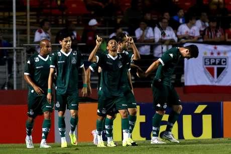 Luiz Eduardo lamentou que time não repetiu boas atuações contra os goianos