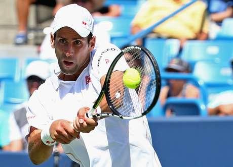 Djokovic avança à semifinal de Cincinnati após vencer Wawrinka por 2 sets a 0