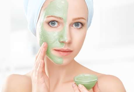 Procure utilizar cosméticos específicos para o seu tipo de pele.