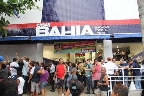 Inauguração de unidade das Casas Bahia no Complexo do Alemão em outubro de 2014. Loja foi a 100a da rede no Rio de Janeiro