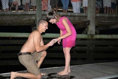 Após recuperar a aliança, Matthew refez o pedido de casamento