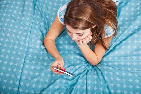 De acordo com a polícia de Gales do Sul, 65 crianças já foram pegas mandando mensagens e fotos explícitas nos últimos dois anos