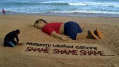 Imagem de garoto sírio achado morto em praia turca não foi publicada por diversos veículos de imprensa, inclusive a BBC