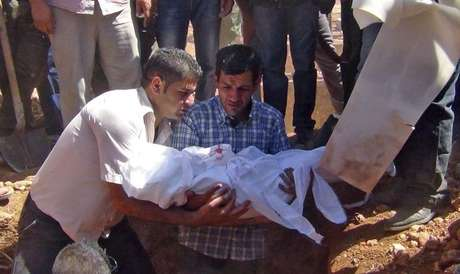 Abdullah no enterro dos filhos