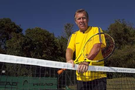 Clínicas de tênis com Carlos Alberto Kirmayr é atração no temático Bem-Estar, da Costa Cruzeiros