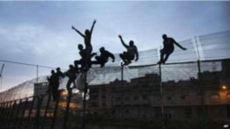 O enclave espanhol de Melilla no norte da África é um imã para imigrantes - apesar da cerca