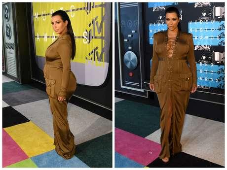 """No prêmio Video Music Awards, Kim Kardashian usou vestido Balmain que marca tanto a cintura quanto os quadris e foi muito criticada: """"Não é meu estilo, mas ela respeita sua silhueta e gosta de mostrá-la, então, porque julgá-la?"""", afirmou a consultora Karen Brusttolin"""