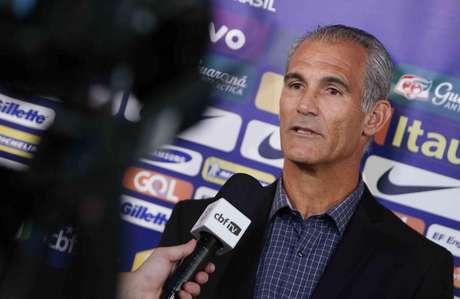 Técnico Carlos Amadeu é o treinador da Seleção Sub 17