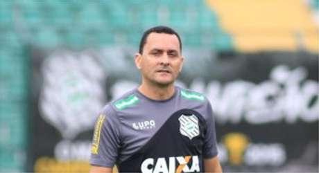 HUDSON COUTINHO - técnico do Figueirense