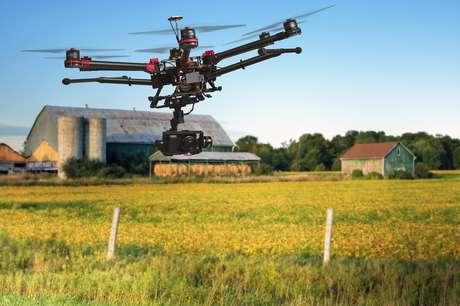 Mais de 80% do uso civil de drones têm como destino a área agrícola