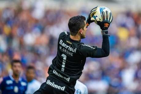 Cruzeiro criou boas chances, mas não passou pelo goleiro Marcelo Grohe
