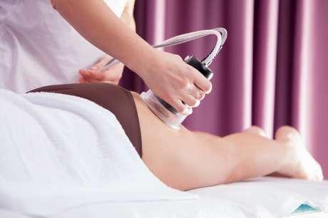 São realizados três tipos de massagem diferentes.