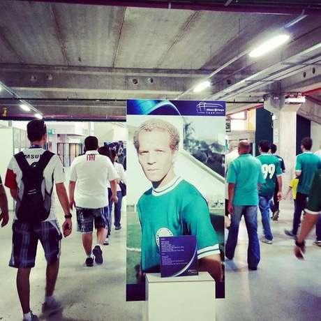 Primeiro dia de visitação no Tour do Allianz tem lotação máxima e emoção dos torcedores