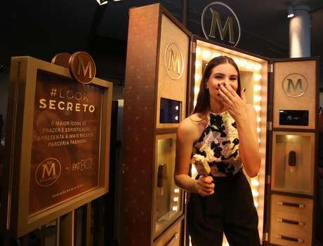 A modelo e atriz disse que é um presente ser musa da Magnum