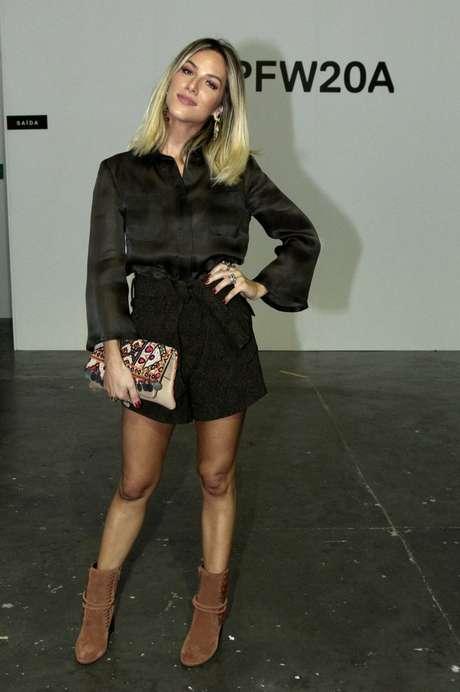Giovanna Ewbank compareceu ao evento sem seu marido, o também ator Bruno Gagliasso