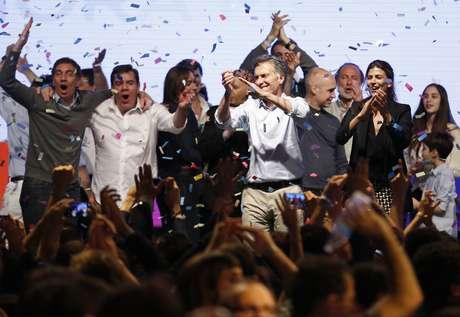 Mauricio Macri, da oposição, comemorou ida ao segundo turno