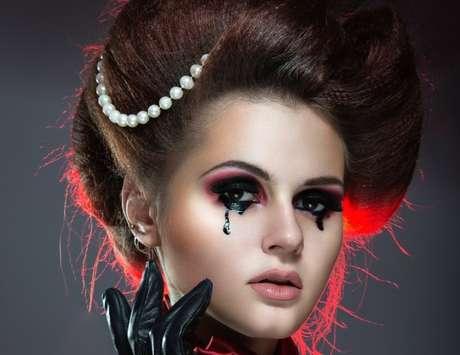 Gótica com lágrimas
