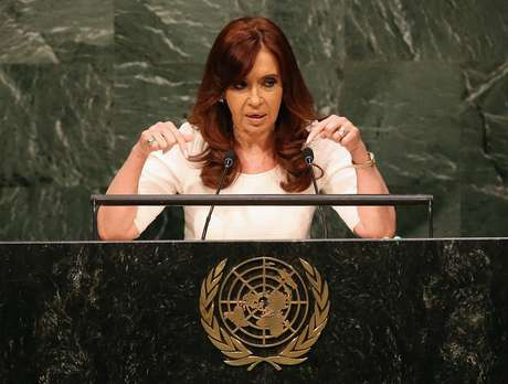 Cristina Fernandez de Kirchner pede apoio para que Daniel Scioli seja eleito