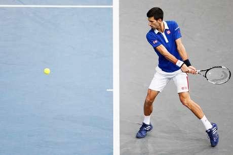 Djokovic sofreu no primeiro set, mas fechou a partida em 2 sets a 0