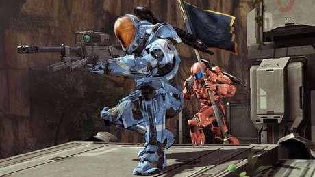 Os esquemas de controles usados em jogos de tiro nos consoles se tornaram populares, a partir do primeiro Halo