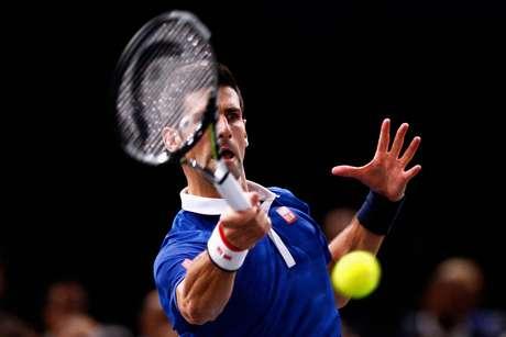 Djokovic aguarda Tsonga ou Berdych nas quartas de final do Masters 1000 Paris