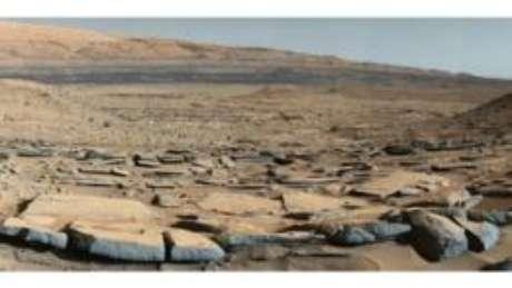 """Marte teria um dia contado com rios e lagos antes do """"ataque"""" levado a cabo pelo Sol"""
