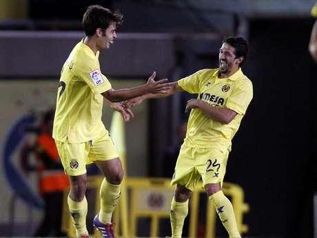 Con goles de Soldado al 72 y al 86, Villarreal derrotó al Dinamo de Minsk por el cual descontó Vitus al 69.