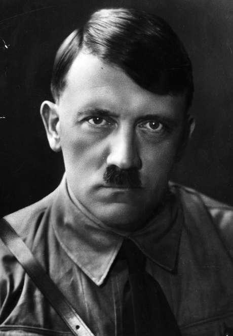 Hitler foi o responsável por matar milhares de pessoas ao instituir sua filosofia nazista na Europa