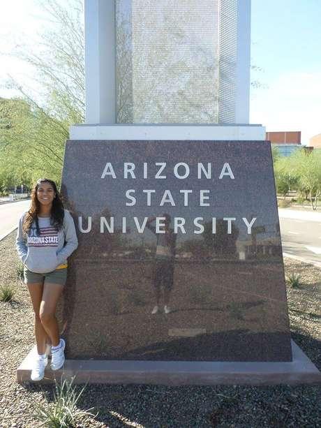 Marcela é a fundadora do Brazilian Club, um grupo de estudantes brasileiros, na Universidade do Estado do Arizona nos EUA
