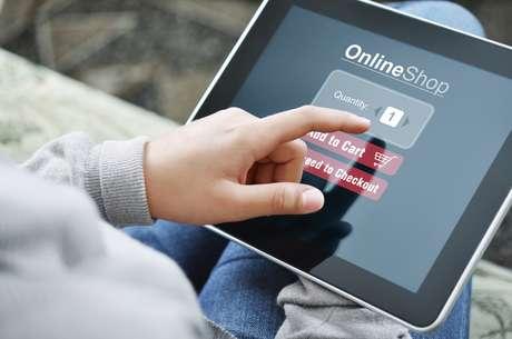 Compras através de tablets e smartphones estão em expansão no varejo online