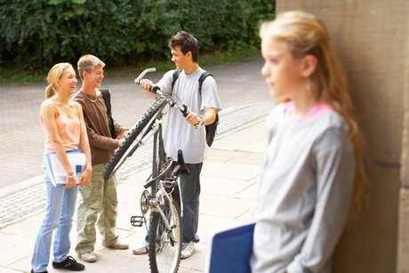 Ropa cara, una nueva bicicleta: para algunos jóvenes es difícil seguirle el ritmo a su grupo de amigos. Sin embargo, no es necesario que todos tengan las mismas cosas. Lo importante es saber cuáles son las propias cualidades.